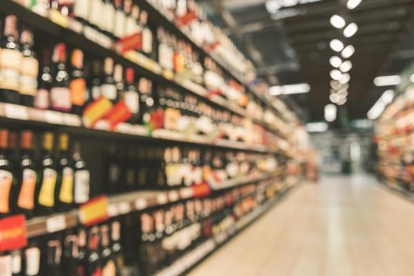 Продажи алкоголя в России выросли почти на 5%. На водочном рынке сменился лидер