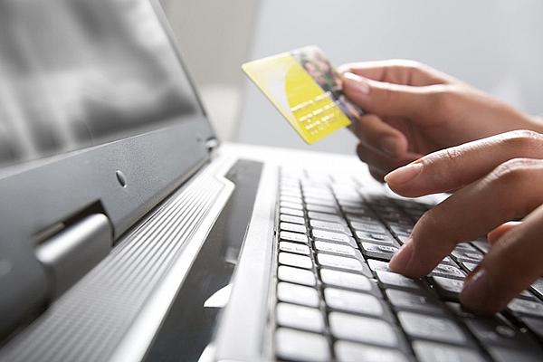Рынок онлайн-торговли в России к 2024 году вырастет до 2,78 трлн руб.